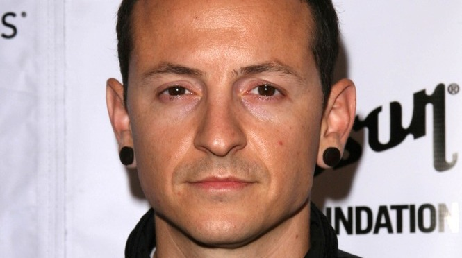 Linkin Park's Chester Bennington Committed Suicide.