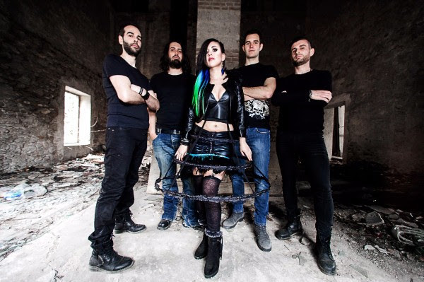"SERENADE launched new video, ""Hold Me Back"""
