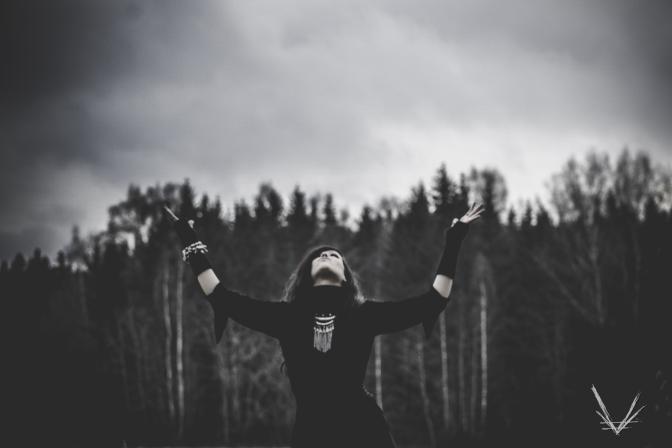 "Vermilia releases new video ""Vedestä Vieraantunut"""