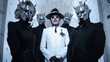 GHOST - Prequelle (1er Juin) Cardinal-copia