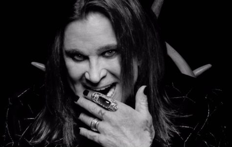 ozzy_2020_ordinary_man_2000-1220x775